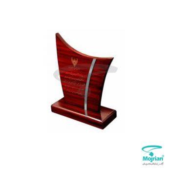 تندیس چوبی